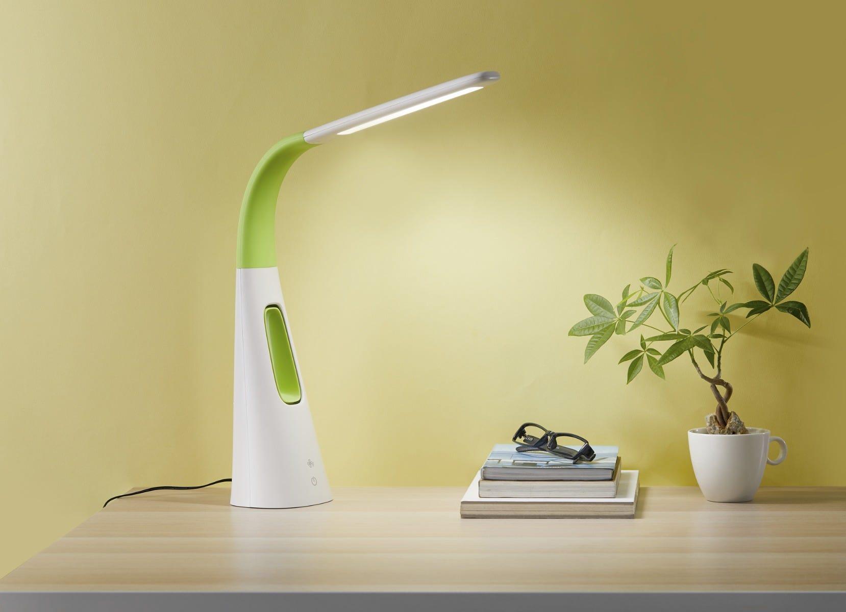 LED desk lamp with bladeless fan