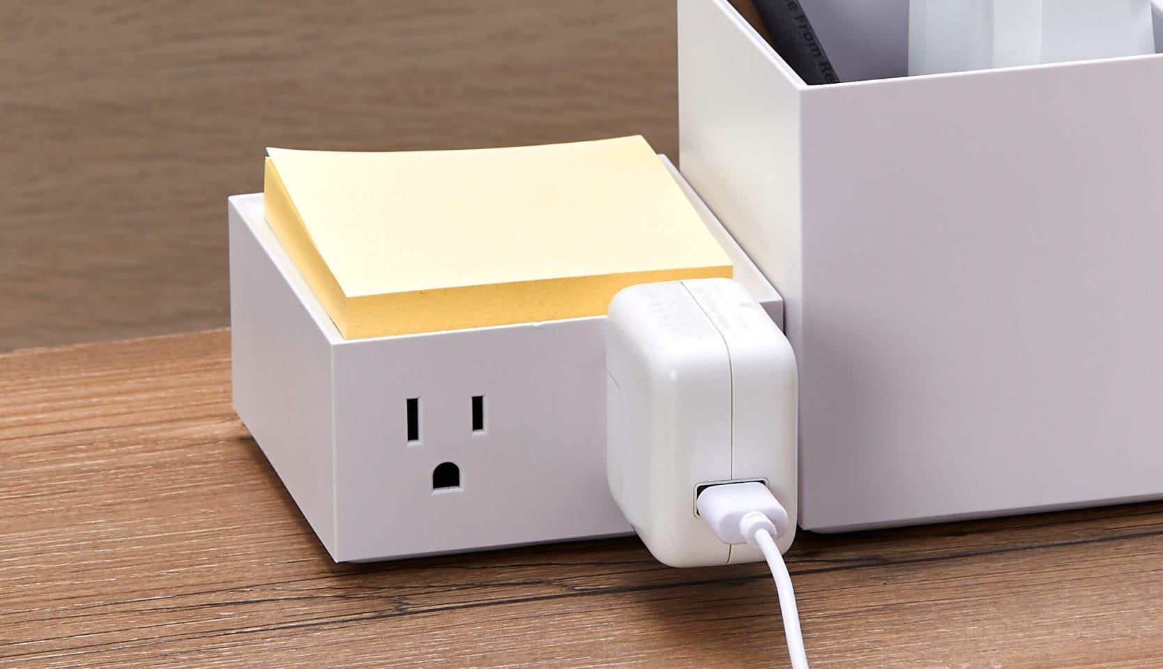 Konnect Desktop Power Hubs